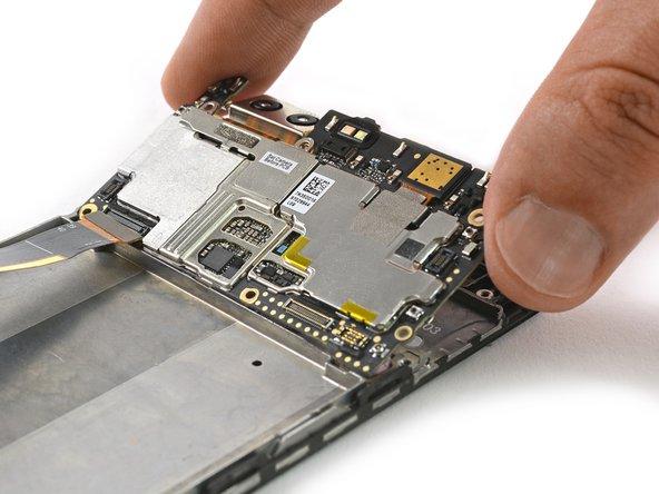 Sostituzione Display con il suo telaio dello Huawei P9 Plus