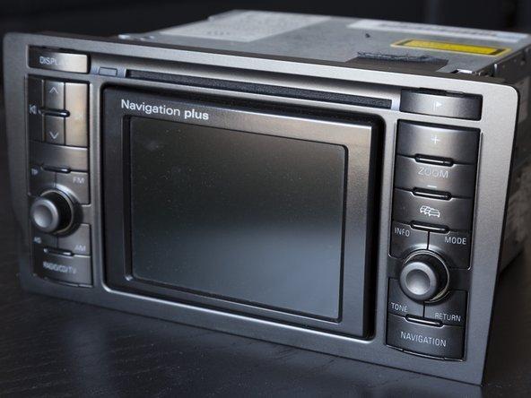 Disassembling Audi Navigation Plus unit