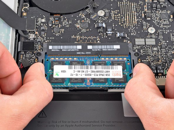 "MacBook Pro 15"" Unibody Mid 2010 RAM Replacement"
