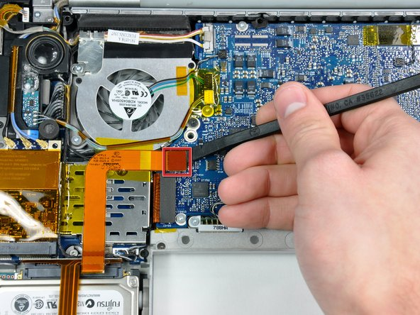"MacBook Pro 15"" Core 2 Duo Models A1226 and A1260 Hard Drive Cable Replacement"