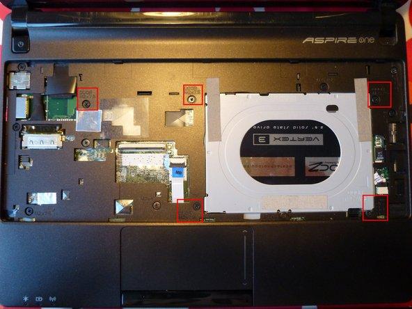 Acer Aspire One D257 Unterseite aufmachen