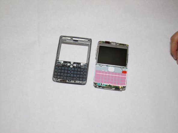 Disassembling Nokia E61i Keyboard