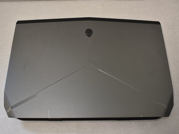 Alienware 15 R2 Battery Replacement