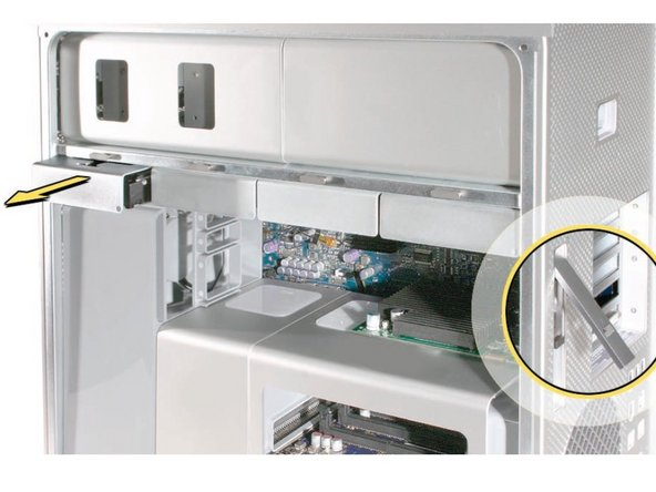 """Make sure that the locking latch on the back-right side of the Mac Pro is in the unlocked """"Up"""" position"""