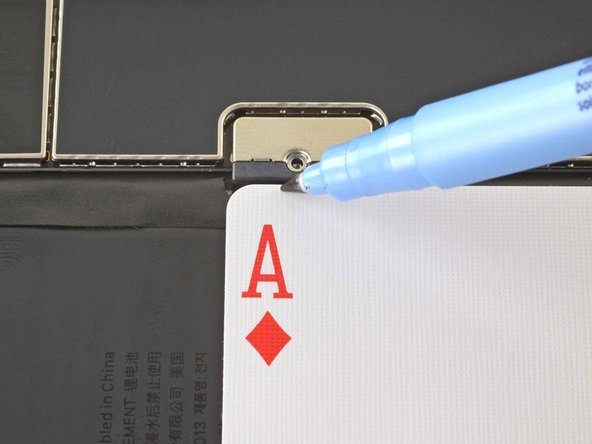 How to Disconnect an iPad Battery with a Playing Card