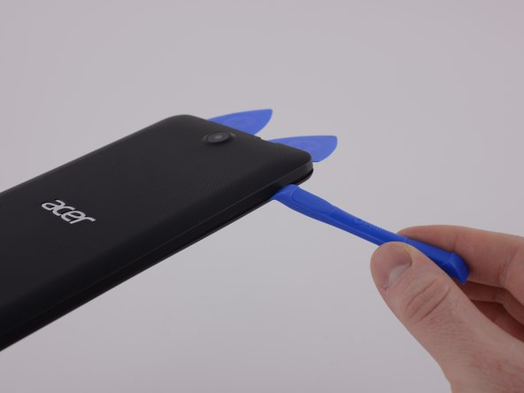 Entry method is to remove the rear bathtub case, the seal is easy to break with opening tools.