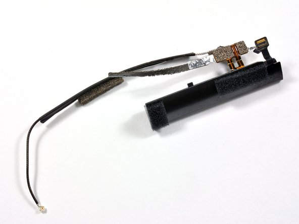 Pulling out other fine parts, such as the front-facing camera and antenna.
