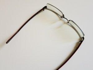 Monofilament Lens Retainer