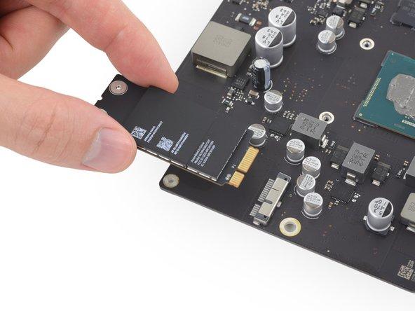 "iMac Intel 21.5"" Retina 4K Display AirPort/Bluetooth Card Replacement"