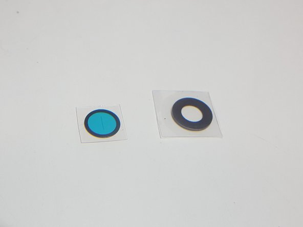Applying adhesive to a Google Pixel 2 XL lens cover