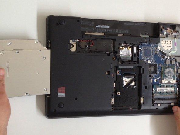 Lenovo ThinkPad Edge E530 Optical Drive Replacement