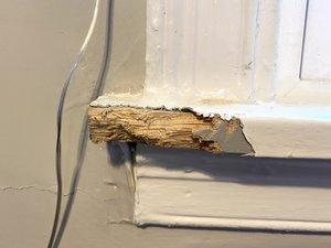 How to Repair a Broken Windowsill
