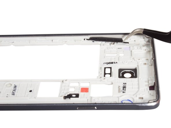 Unlike the Galaxy S5, the Note 4 power and volume buttons are easy to remove.