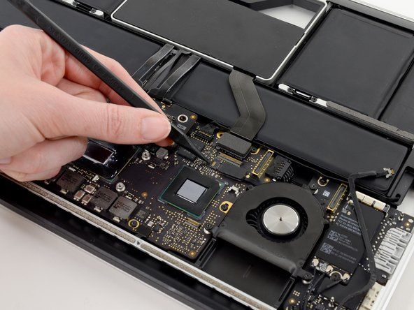 """MacBook Pro 13"""" Retina Display Late 2012 Right Fan Replacement"""