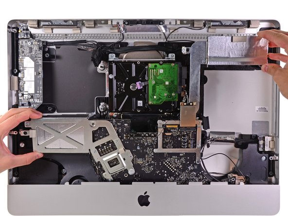"iMac Intel 21.5"" EMC 2389 Logic Board Replacement"