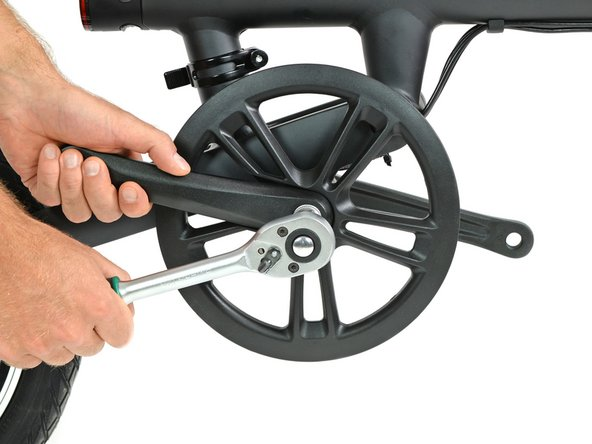 Taking the crank arms off takes a little preparation, a cover must be removed before you can fit the crank puller on. But after that it pops out like any other bike's crank.