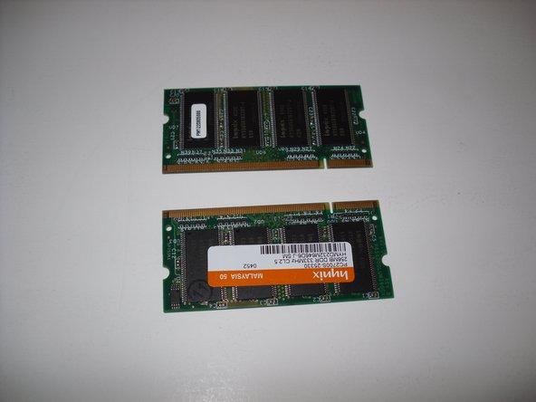 Removing Dell Inspiron 1150 RAM