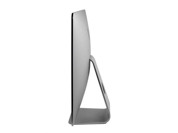 Nel caso tu non ne abbia sentito parlare, il nuovo iMac è davvero sottile... più o meno. Nel suo punto più sottile (lungo i bordi), è spesso 5 mm. Ma nel punto più spesso, supera i 4 cm, più di 8 volte lo spessore dei bordi.