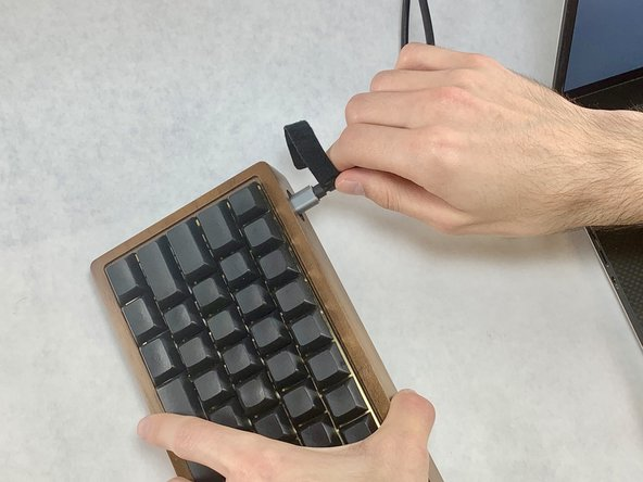 Do not disassemble the keyboard or proceed with this guide if the keyboard is connected to any power source.