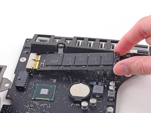 "iMac Intel 21.5"" Retina 4K Display (2017) Blade SSD Replacement"
