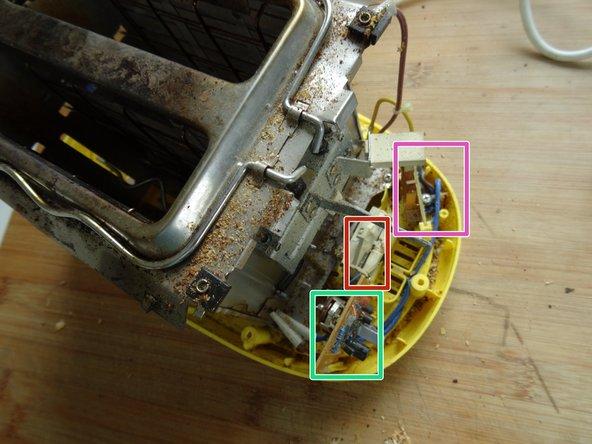 Hier sind die wesentlichen inneren Teile zu sehen: