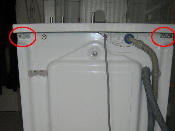 Unplug the power plug !!!