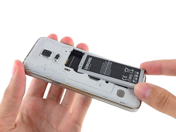 The S5 Mini's battery must be installed by the user before firing up for the first time. We pop it in—and then claw it back out for some analysis.