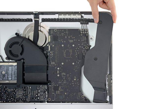 iMac Intel 21.5インチ Retina 4Kディスプレイ右側スピーカーの交換