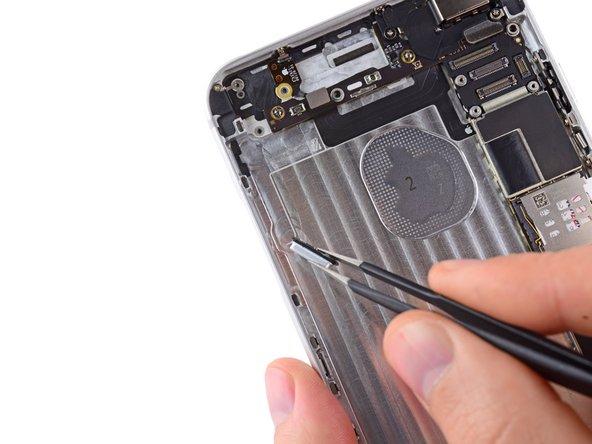 iPhone 6 Plus Lautstärkeregler und Stummschalter ersetzen