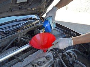 Vidange d'huile dans la Honda Accord 1998-2002  (2.3L I4)