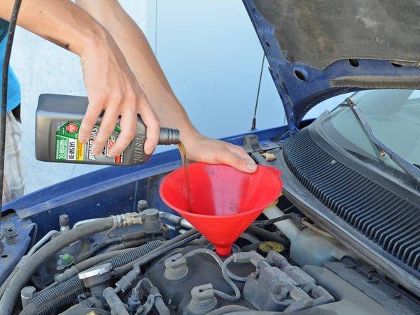 1995-1999 Dodge/Plymouth Neon Oil Change (SOHC)