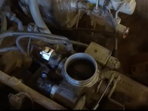 How to clean 1999-2004 Jeep Grand Cherokee Throttle Body
