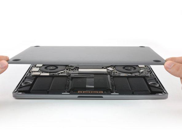 "MacBook Pro 13"" Touch Bar 2017 하단 케이스 교체"