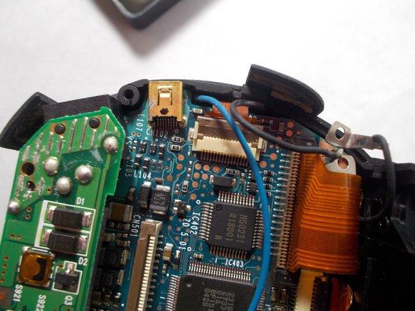Remplacement du port AV du Konica Minolta DiMAGE Z3