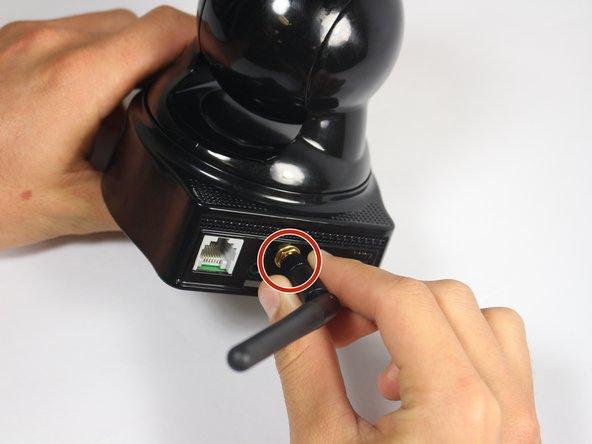 Remplacement de l'antenne du Astak Mole