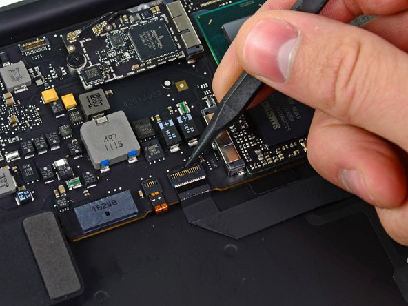 "MacBook Air 13"" Mid 2011 Logic Board Replacement"