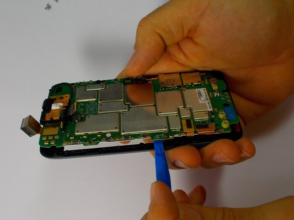 After following the steps to access the motherboard, you are ready to remove the touchscreen and LCD display.