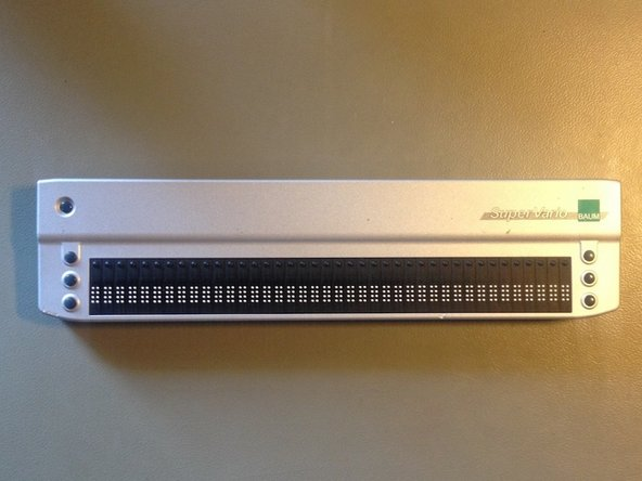 Removal of super-vario 40 braille display