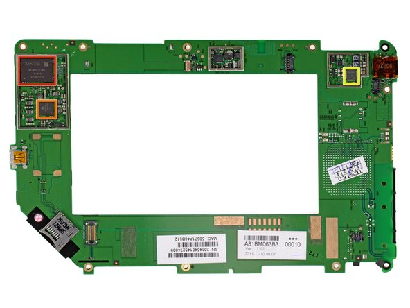 A little wiggling and out comes the picture frame motherboard. Let's see who we're dealing with: