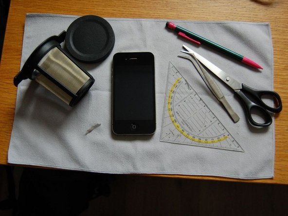 Repairing iPhone 4 dust mesh