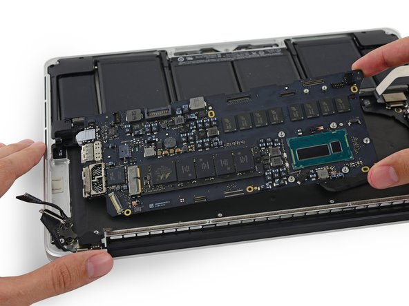 "MacBook Pro 13"" Retina Display Mid 2014 Logic Board Replacement"