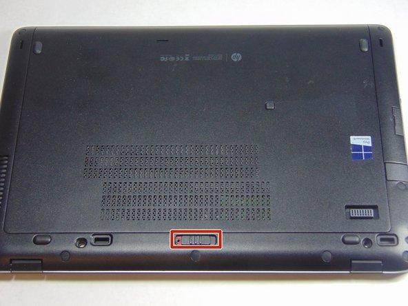 Si vous manipulez votre appareil allumé, vous risquez une décharge électrique. Pensez à éteindre et débrancher votre appareil avant de commencer.