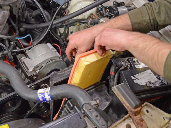 1986-1993 Volvo 240 Engine Air Filter Replacement