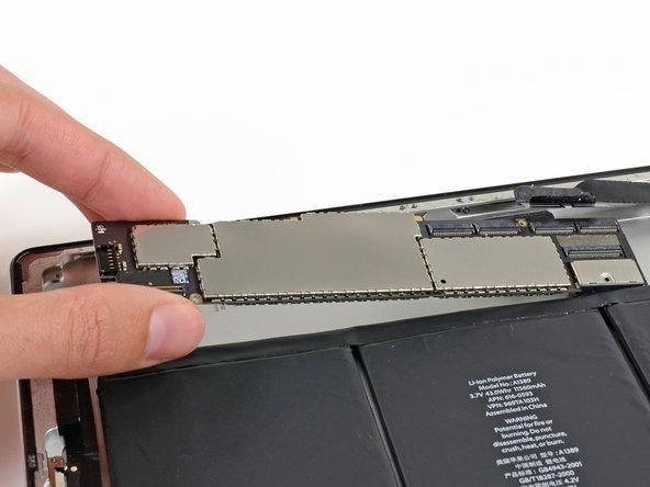 iPad 3 Wi-Fi Logic Board Replacement