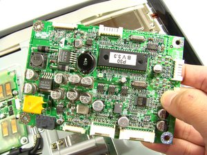 Apple Studio Display M7649 Logic Board Replacement