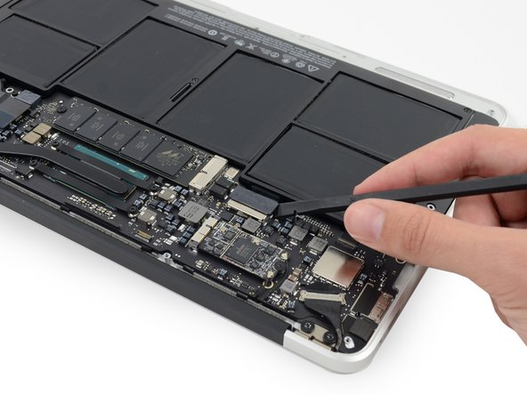 "MacBook Air 11"" Mid 2013 Battery Connector Replacement"