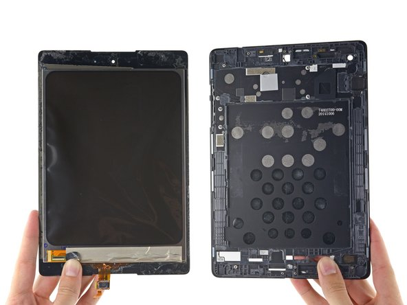 With the aid of the iOpener, we are indeed able to separate the LCD from the display assembly.