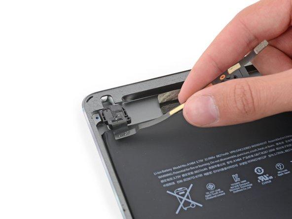iPad 6 Wi-Fi Headphone Jack Replacement