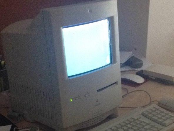 Mi Macintosh Color Classic ejecutándose bajo MacOS 7.6 algunos días antes de que muriera