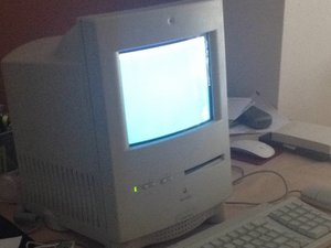 Completely Revamped Macintosh Color Classic for its 25th Anniversary (Mac Mini inside)